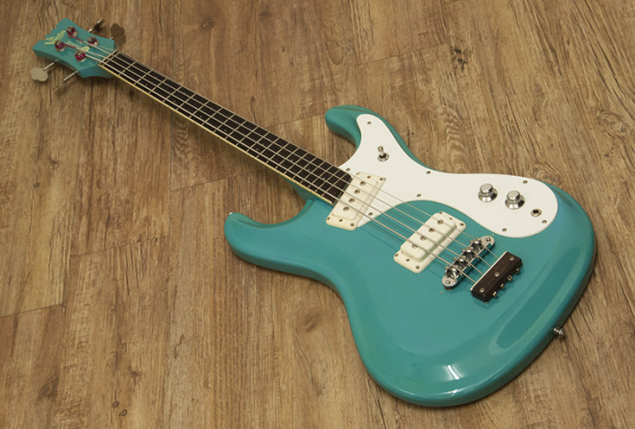 Mosrite Bass(japan)65リィーシュー